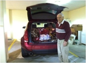 Deupree House resident loads blankets for tornado victims in Moscow, Ohio.